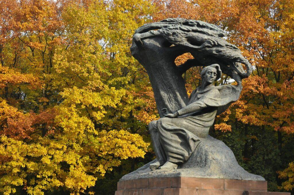 Statue Chopin à Varsovie