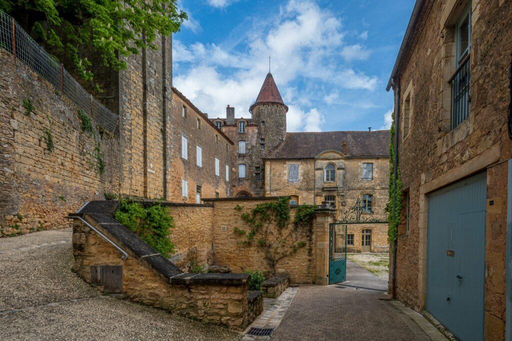 Belvès village de Dordogne