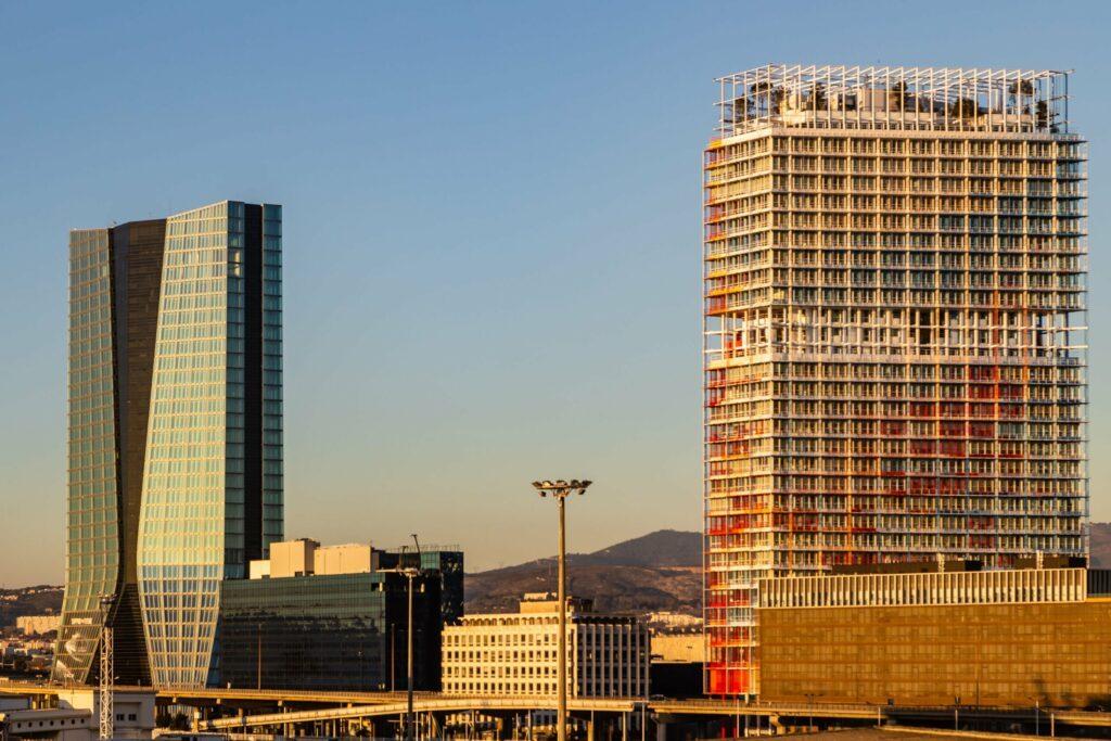 La Marseillaise building insolite
