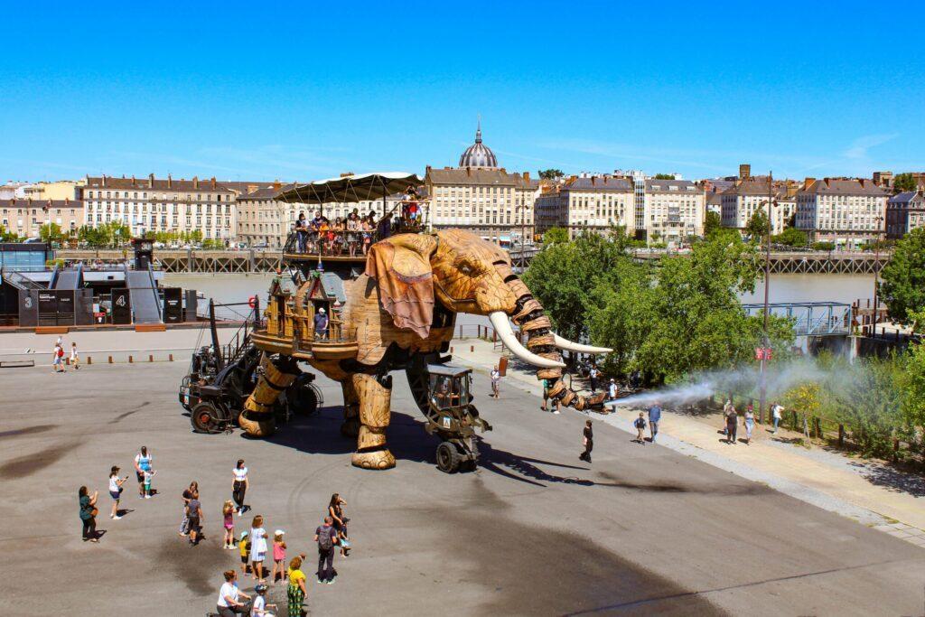machines de Nantes insolite en France