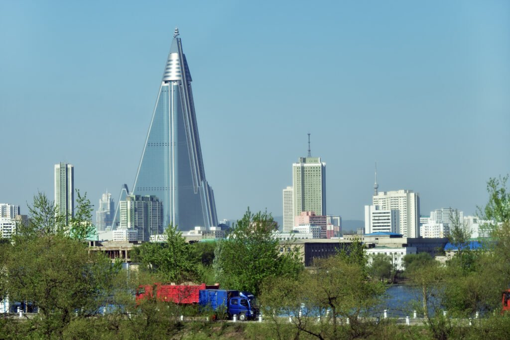 Ryugyong insolite
