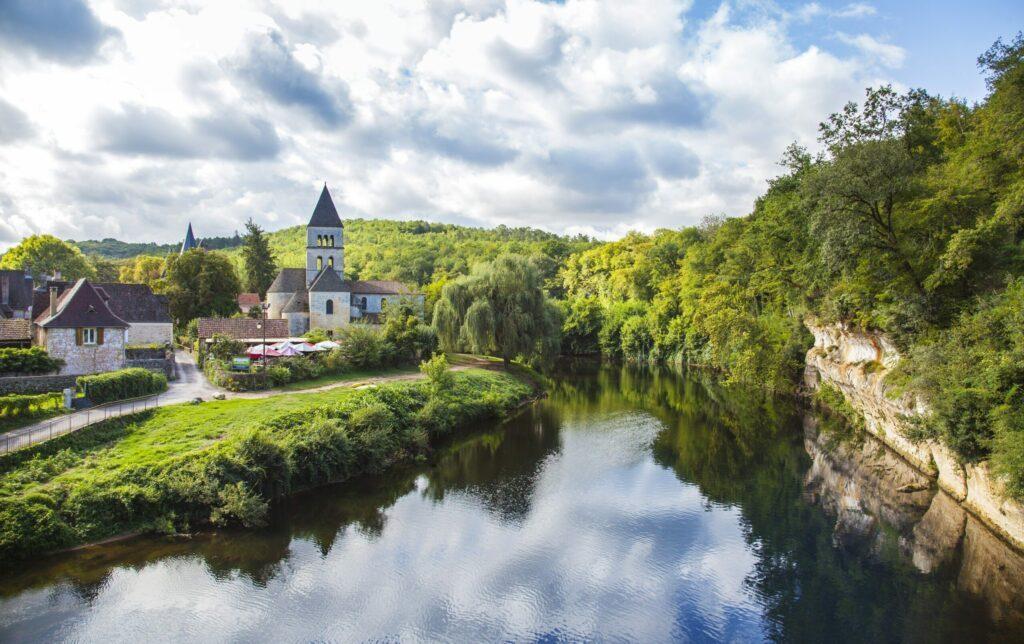 Saint-Léon-sur-Vézère village de Dordogne