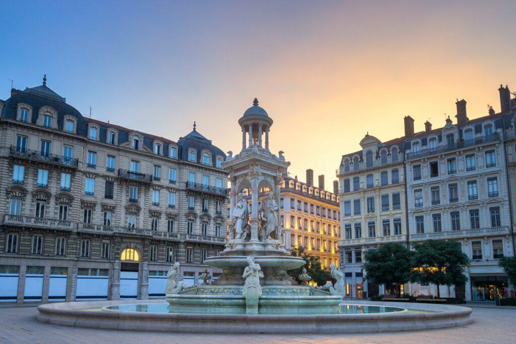 La place des Jacobins pour un weekend à Lyon en amoureux
