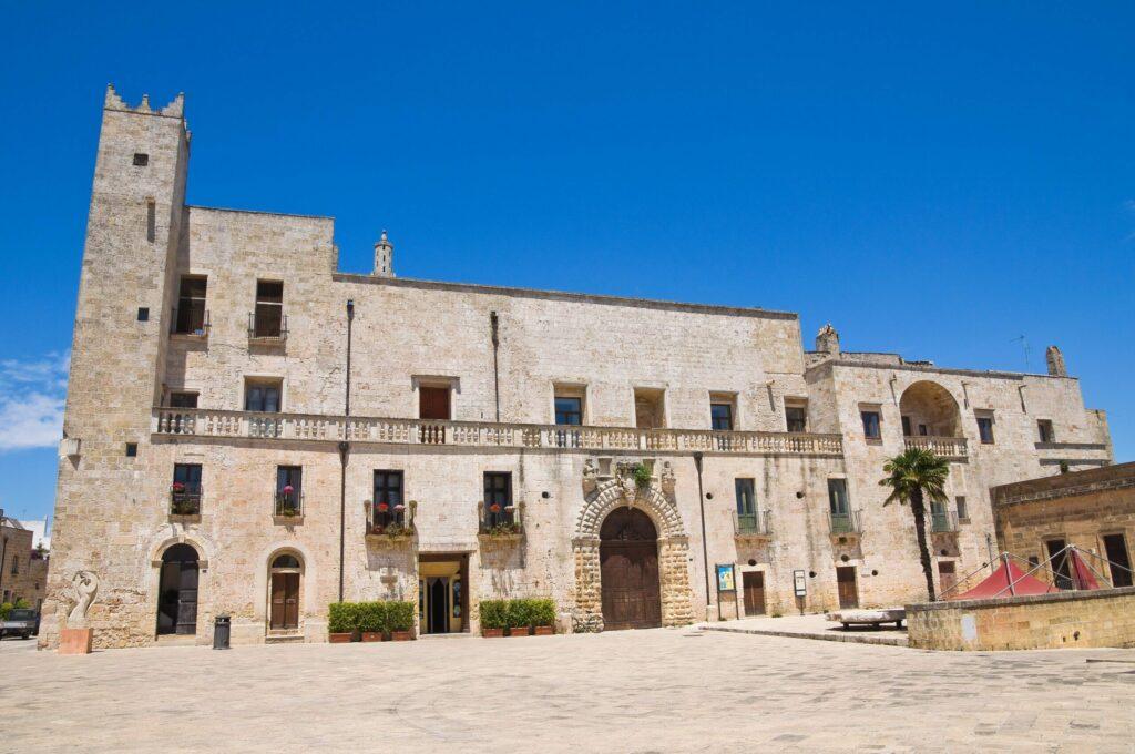 Le palais Risolo à Specchia