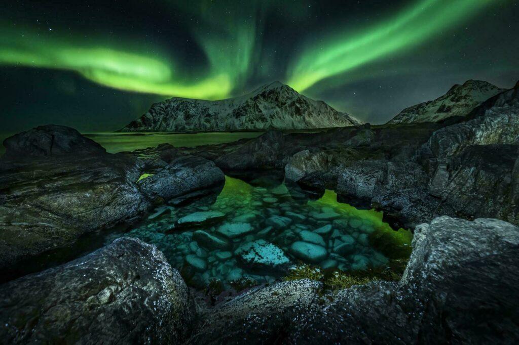 Paysage nocturne Lofoten