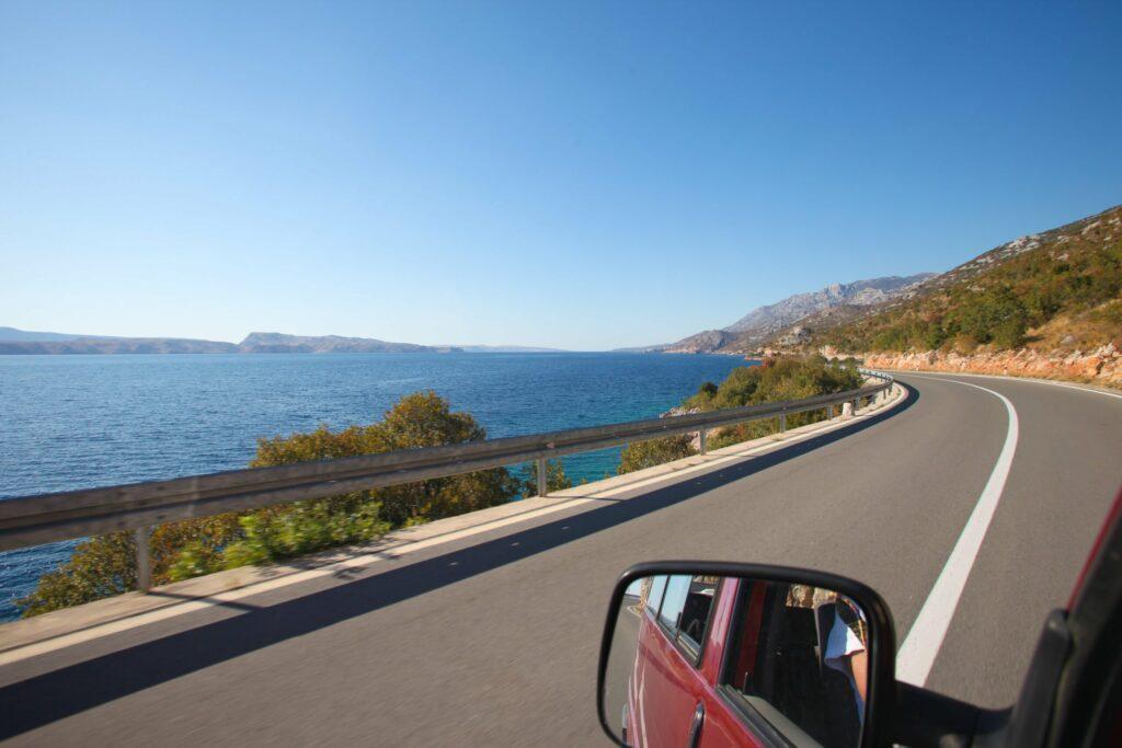 road trip sur la côte en Croatie