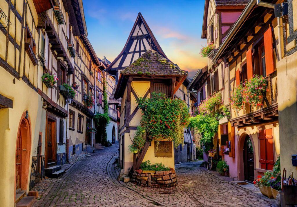 Eguisheim villages d'Alsace coloré