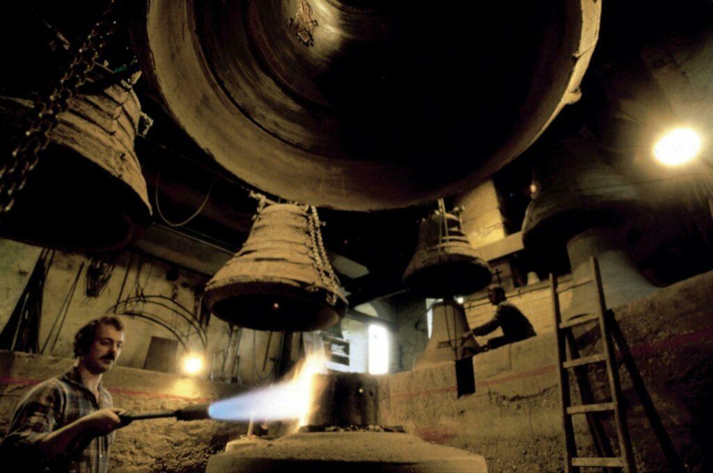 Innsbruck fabrication cloches