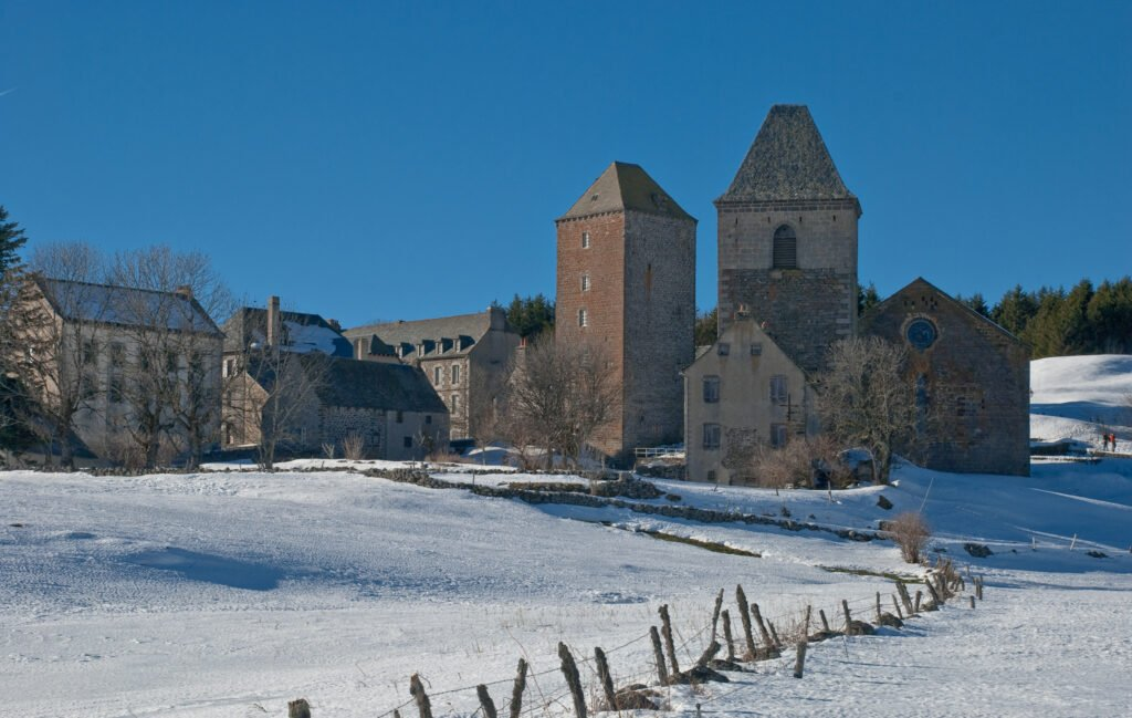Le village d'Aubrac en hiver
