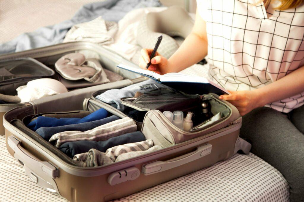 Partir en dernière minute avec peu de bagages