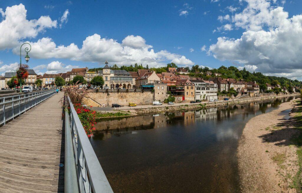 Le Bugue village en Dordogne